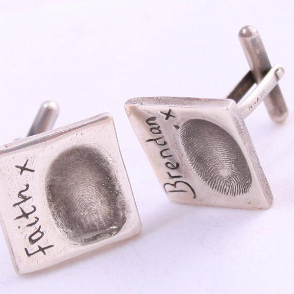 Fingerprint cufflink